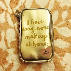 Too Faced Make up kit